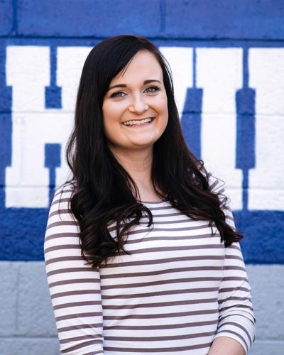 Julia Mynhier, Senior Project Manager
